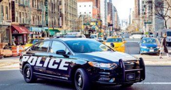 Hibrid rendőrautó a Fordtól