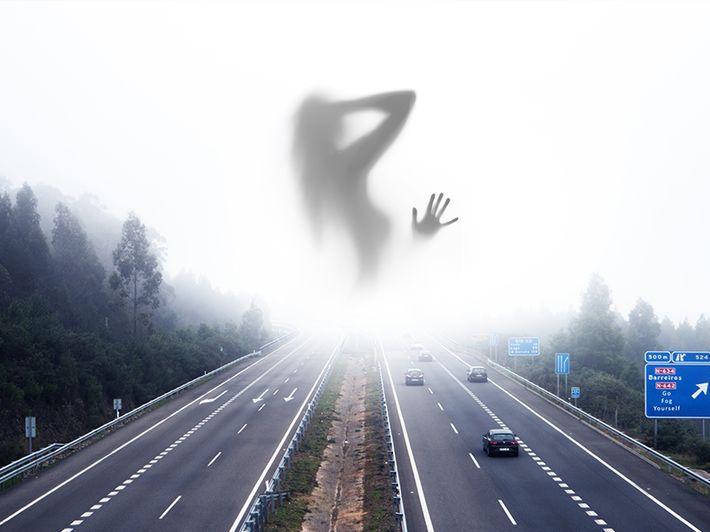 Szürreális ködképek