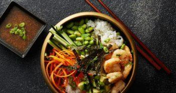 Sushi rizstál rákkal