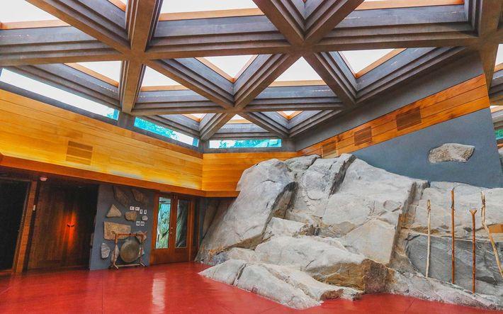 Frank Lloyd Wright - Petra Island