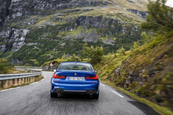 Új BMW 3