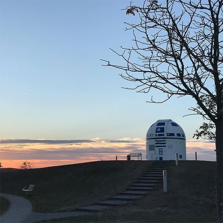 Egy Star Wars rajongó R2-D2-vá varázsolt egy obszervatóriumot