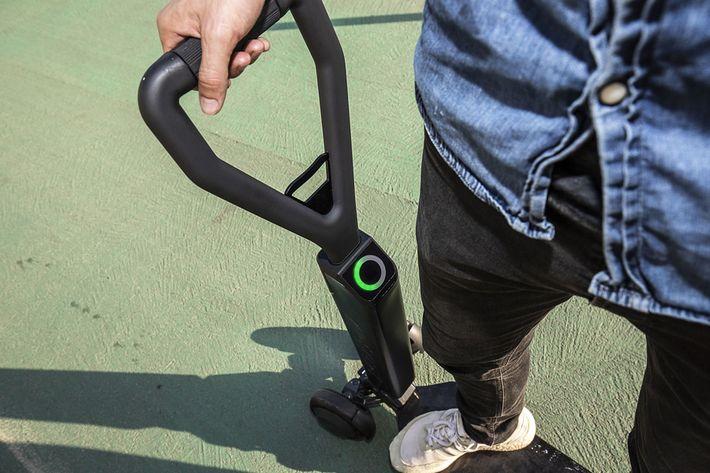 E-tron roller