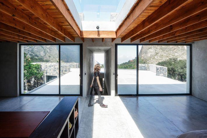 Bedolla House