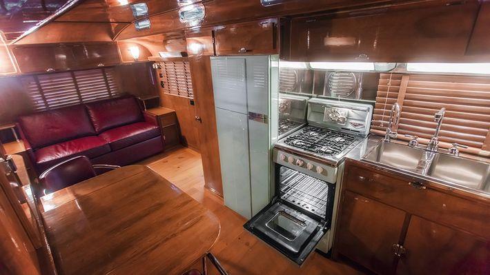 Art Deco lakókocsi
