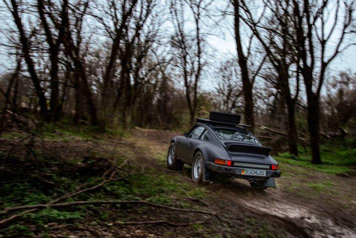 """Willy"" az 1984-es Porsche 911 Safari Off-Road"