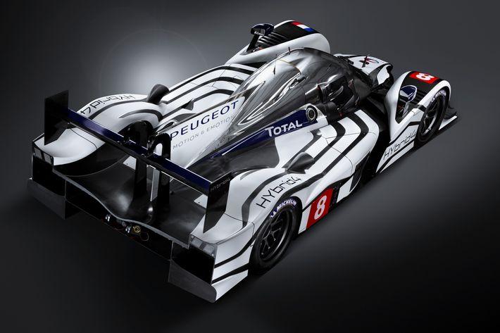 Hivatalosan is bejelentették a Peugeot visszatérését a legendás Le Mans-i 24 órás versenybe