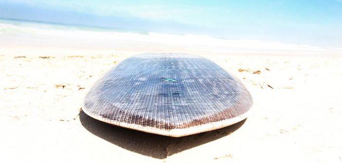 Újrahaszosított anyagból készített szörfdeszka