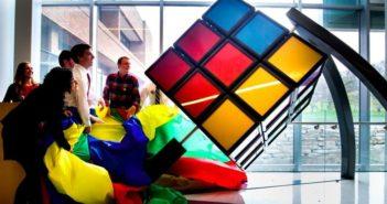 Az óriási Rubik-kocka