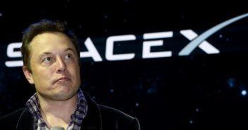 Egymillió embert juttatna el a Marsra a következő 50-100 évben Elon Musk