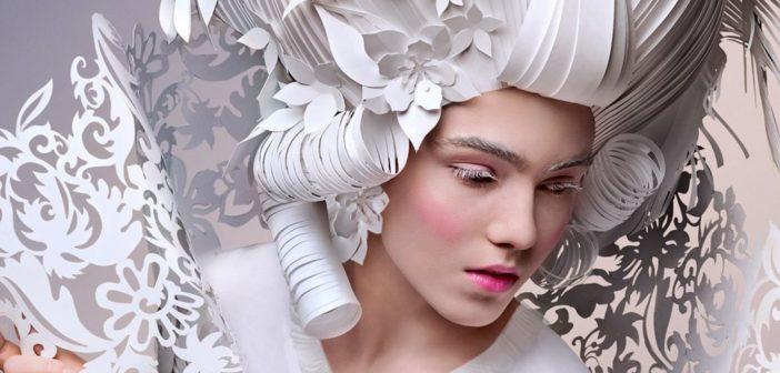 Asya Kozina papírművész barokk parókái