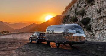 Bowlus Road Chief alumínium lakókocsit
